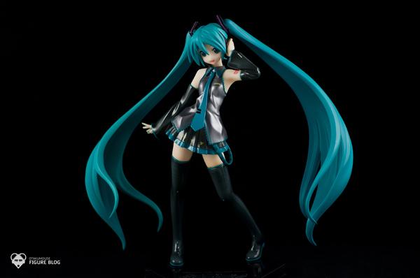Review | GSC: Miku Hatsune (CVS 01) (1)