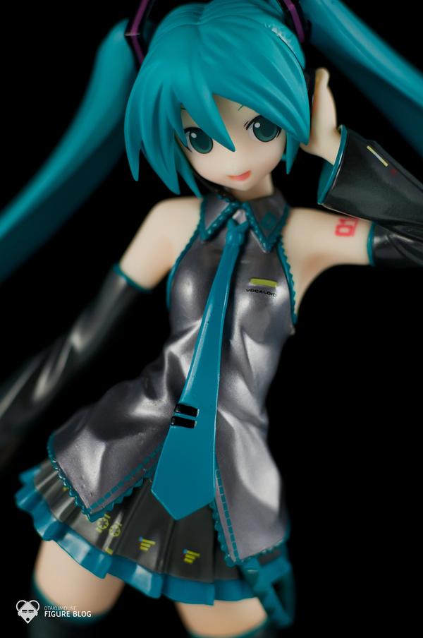 Review | GSC: Miku Hatsune (CVS 01) (28)