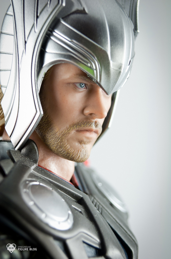 Review | Hot Toys: Thor (9)