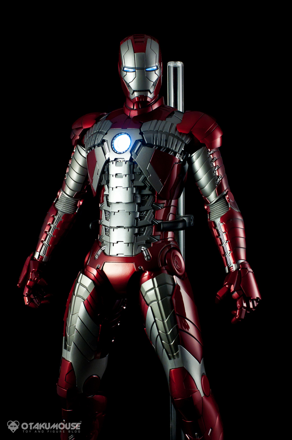 Review | Hot Toys: Ironman Mark V (63)