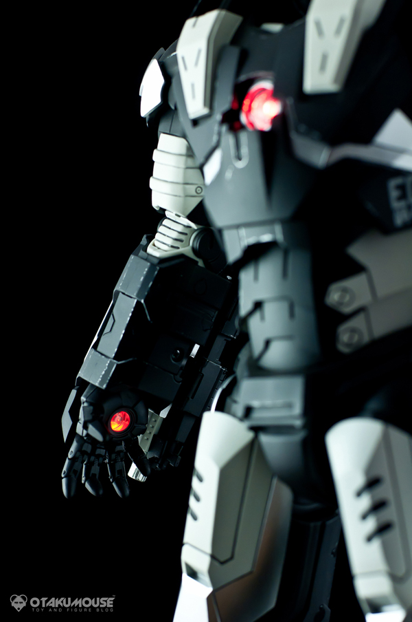 Review   Hot Toys: Warmachine (Special Version) (28)