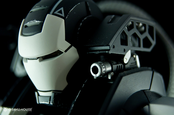 Review   Hot Toys: Warmachine (Special Version) (24)