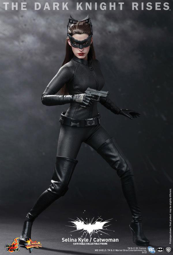 Preview | Hot Toys: Selina Kyle / Catwoman (22)