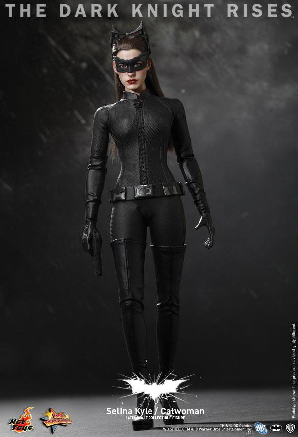 Preview | Hot Toys: Selina Kyle / Catwoman (19)