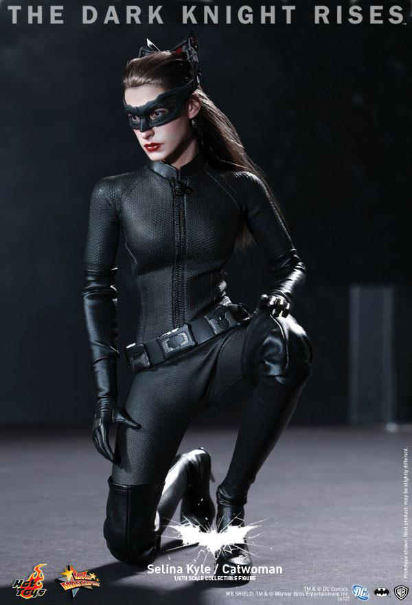 Preview | Hot Toys: Selina Kyle / Catwoman (17)