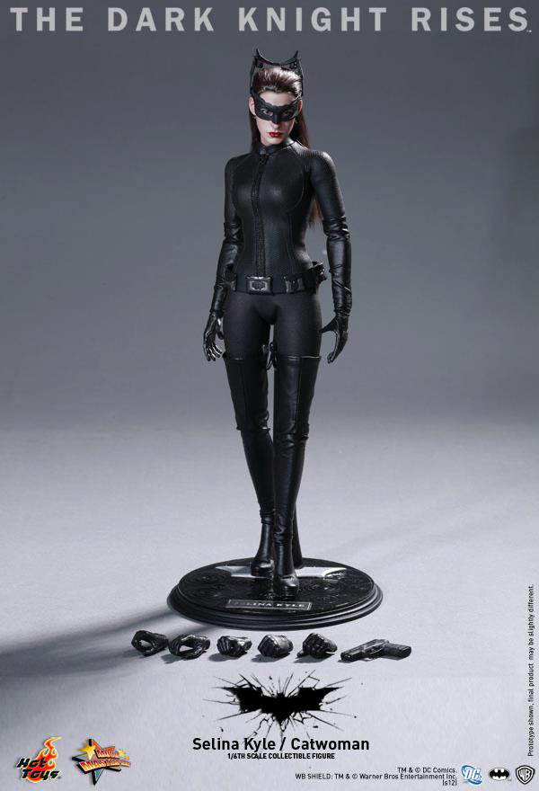 Preview | Hot Toys: Selina Kyle / Catwoman (4)