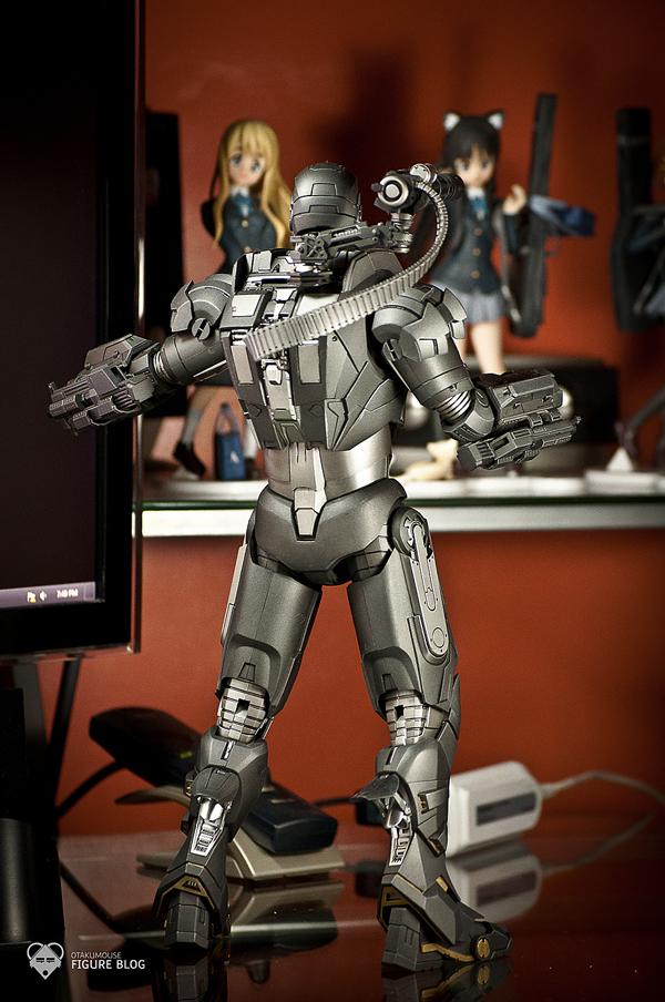 Hot Toys: Warmachine (4)
