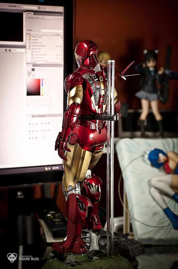 Hot Toys: Ironman Mark VI (6)