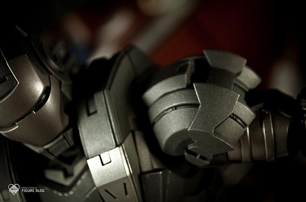 Hot Toys: Warmachine (19)