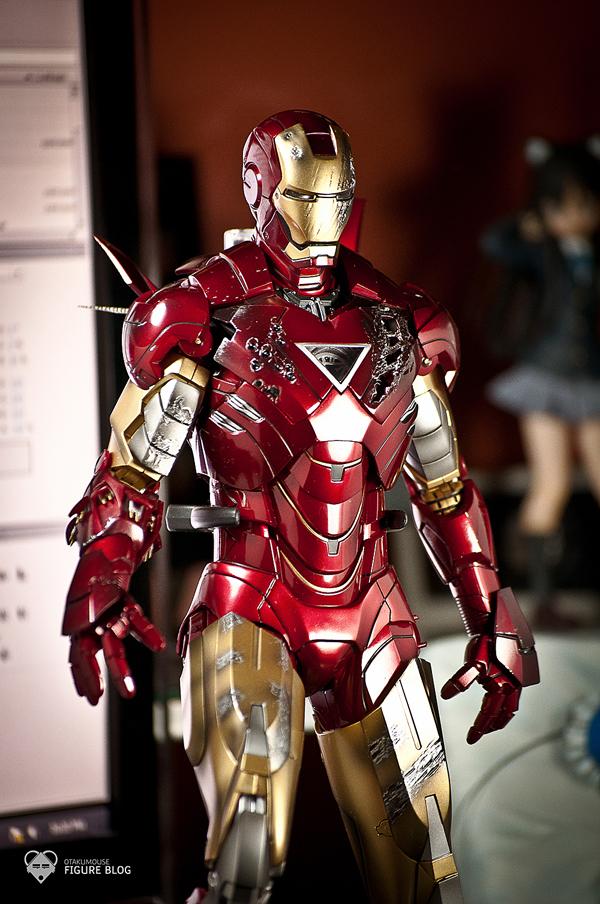 Hot Toys: Ironman Mark VI (8)