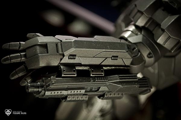 Hot Toys: Warmachine (21)