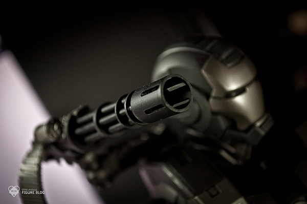 Hot Toys: Warmachine (27)