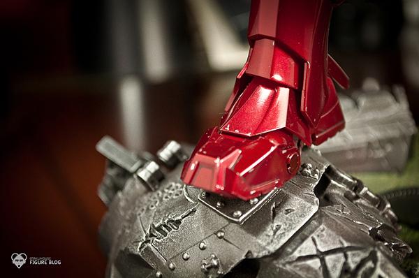 Hot Toys: Ironman Mark VI (15)
