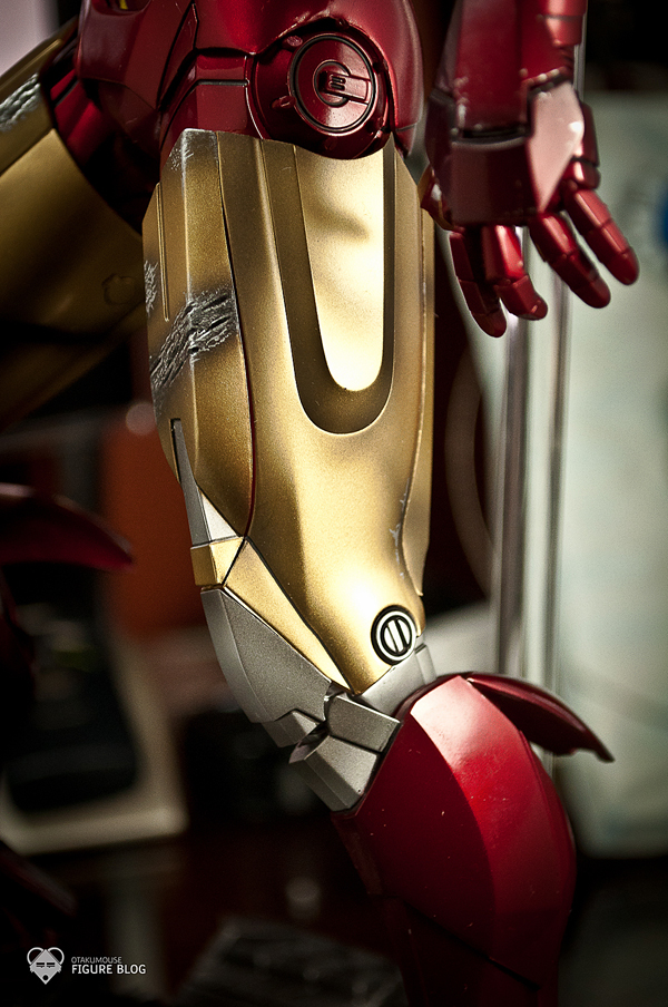 Hot Toys: Ironman Mark VI (22)