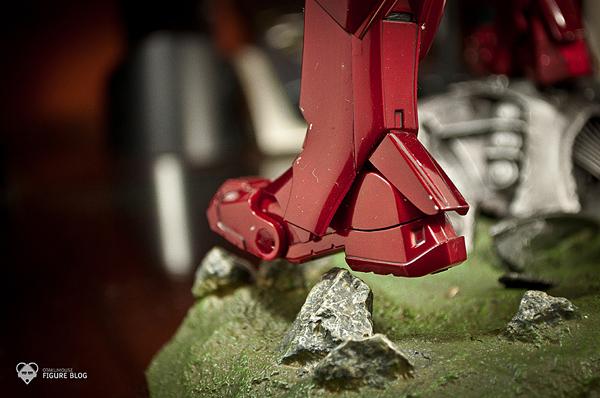 Hot Toys: Ironman Mark VI (29)