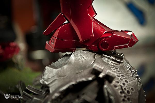 Hot Toys: Ironman Mark VI (31)