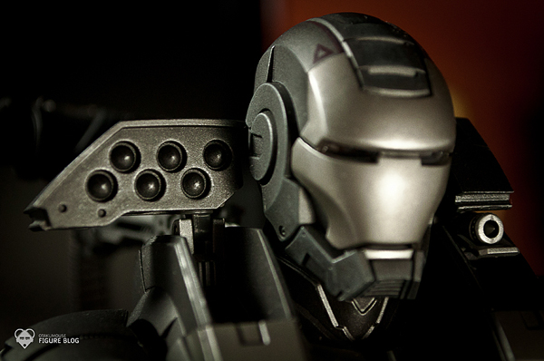 Hot Toys: Warmachine (44)
