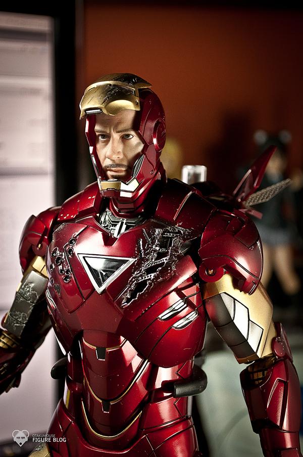 Hot Toys: Ironman Mark VI (34)
