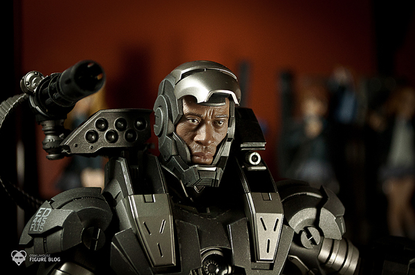 Hot Toys: Warmachine (47)