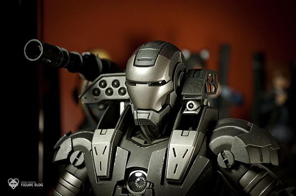 Hot Toys: Warmachine (48)