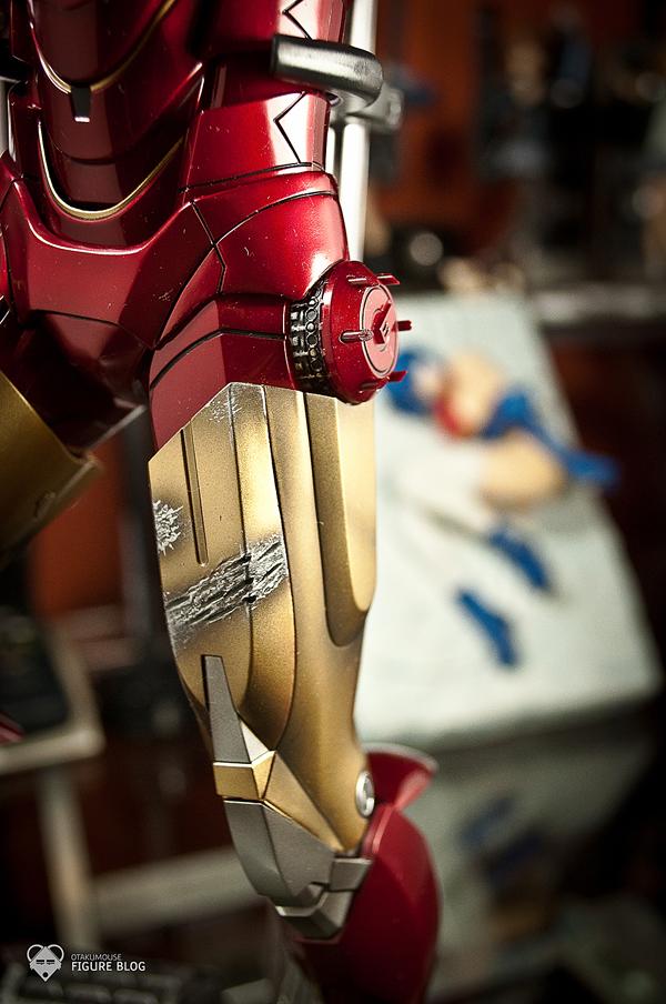 Hot Toys: Ironman Mark VI (37)
