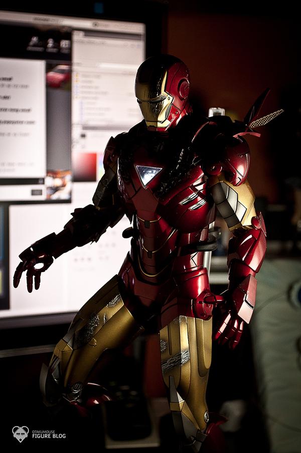 Hot Toys: Ironman Mark VI (48)