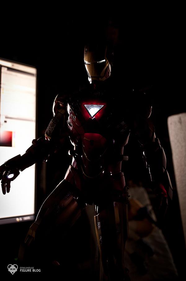 Hot Toys: Ironman Mark VI (50)