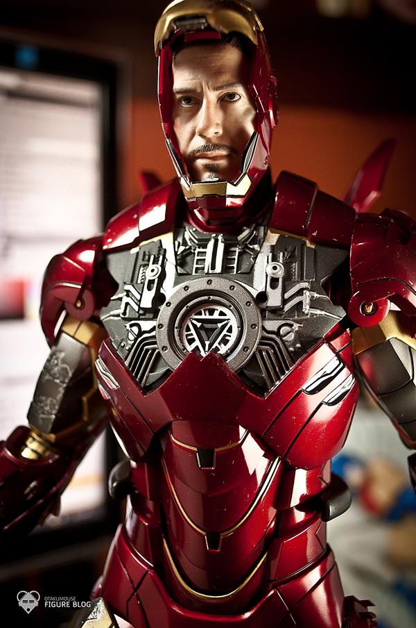 Hot Toys: Ironman Mark VI (51)