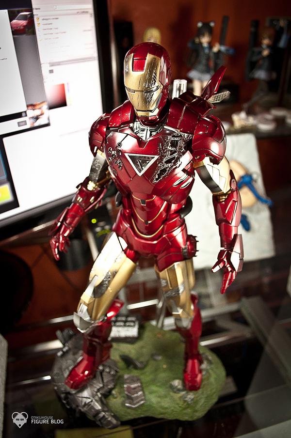 Hot Toys: Ironman Mark VI (59)