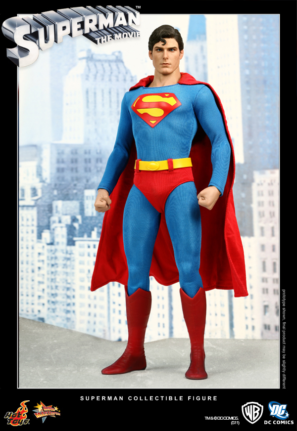 Hot Toys: Superman (10)