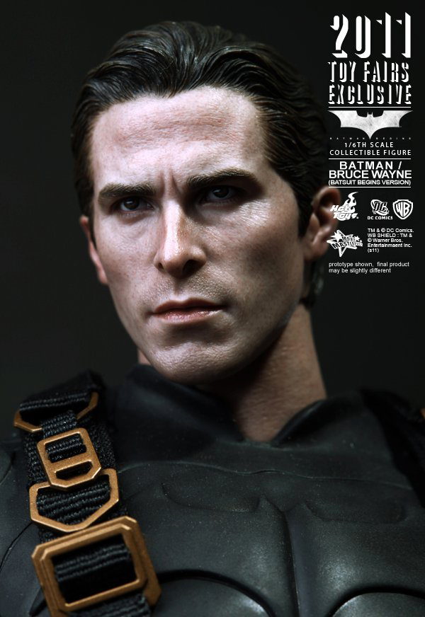 Preview | Hot Toys: 2011 Toy Fairs Exclusive Batman/Bruce Wayne (14)