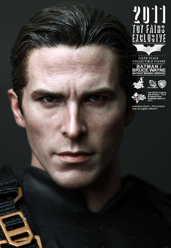 Preview | Hot Toys: 2011 Toy Fairs Exclusive Batman/Bruce Wayne (9)