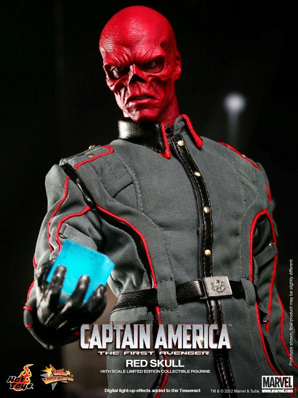Preview | Hot Toys: Red Skull (2)