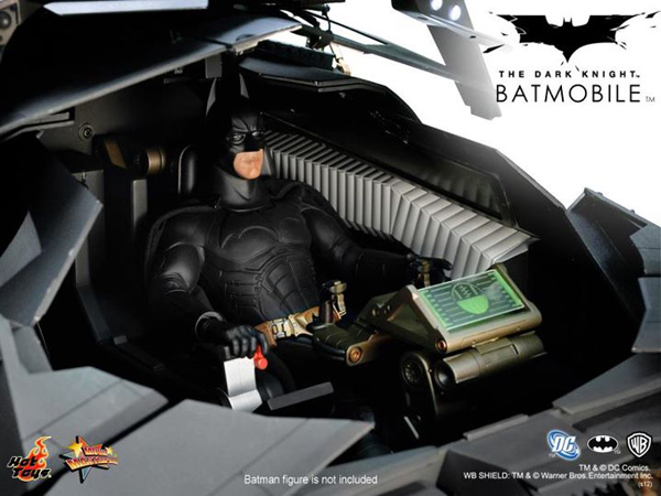 Preview | Hot Toys: Batmobile (Re-Launch) (9)