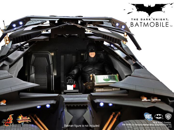 Preview | Hot Toys: Batmobile (Re-Launch) (5)