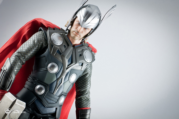 Review | Hot Toys: Thor (41)