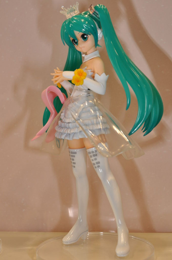 Report | Wonfes 2012 Winter: Garage Kits (22)