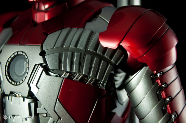 Review | Hot Toys: Ironman Mark V (31)