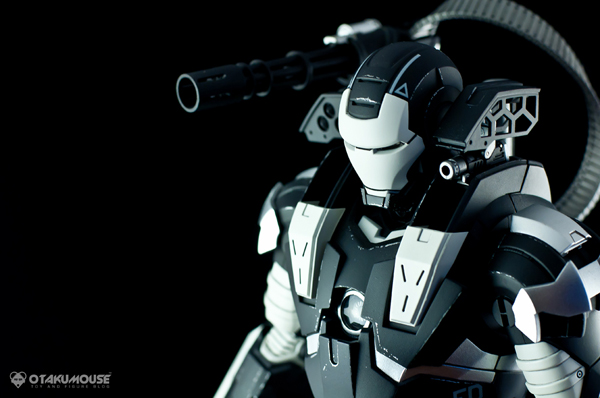 Review | Hot Toys: Warmachine (Special Version) (1)