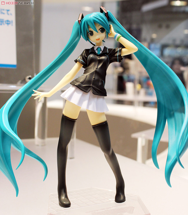 Wonder Festival 2012 | Summer: GSC / MF Scale Figures & Figmas (9)