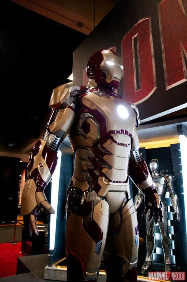 The Extremis Armor (5)