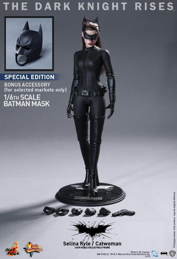 Preview | Hot Toys: Selina Kyle / Catwoman (11)