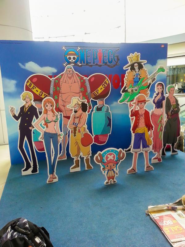 Uniqlo x One Piece (2)
