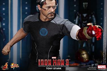Preview | Hot Toys: Tony Stark (Iron Man 3) (21)