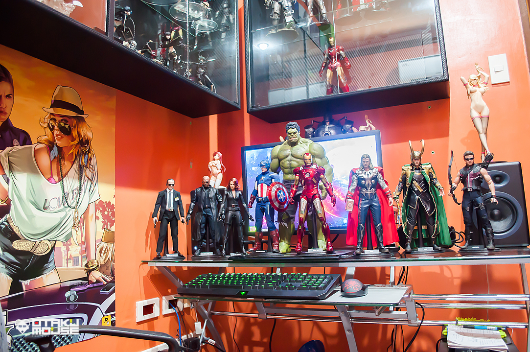 Hot Toys Avengers Line Complete (2)