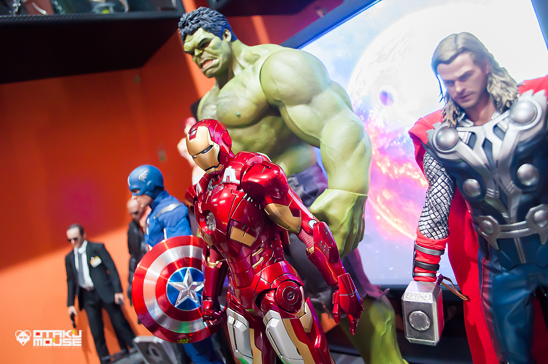 Hot Toys Avengers Line Complete (4)
