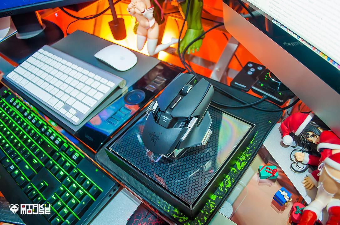 Gaming Using The Razer Ouroboros (9)