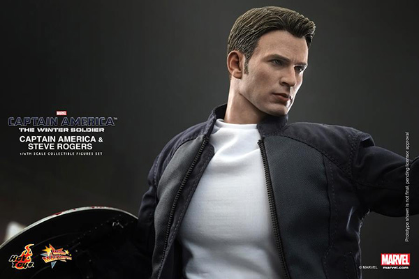 Preview | Hot Toys: Captain America & Steve Rogers (4)