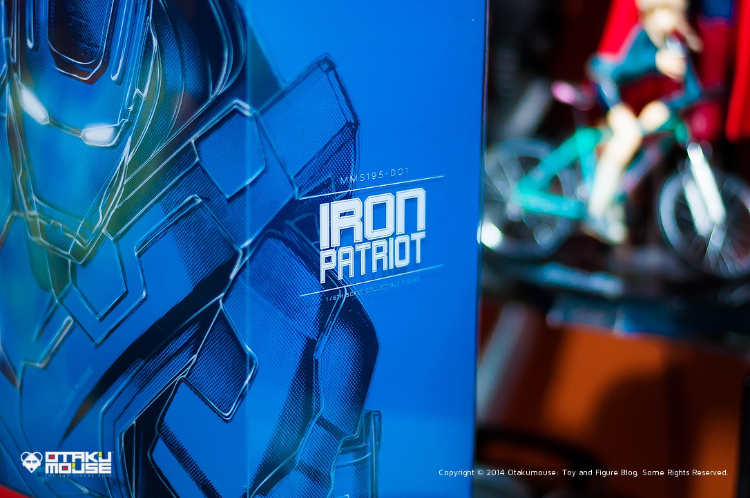 October 2014 Loot Report - Hot Toys General Zod and Hot Toys Iron Patriot (5)