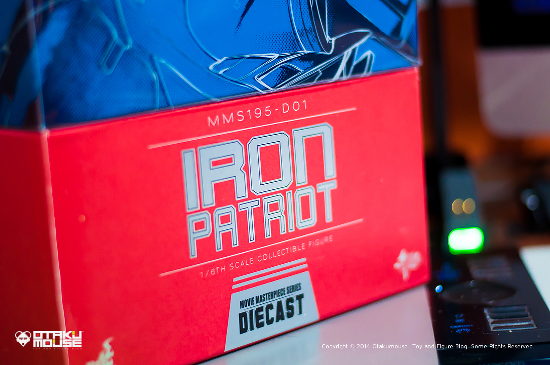 October 2014 Loot Report - Hot Toys General Zod and Hot Toys Iron Patriot (6)